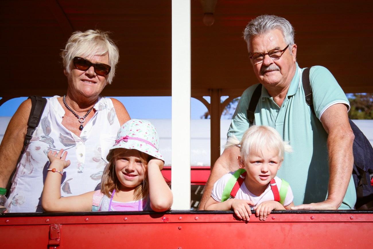 Natuurlijk met opa en oma op de foto!