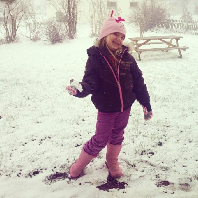 Terwijl het op bepaalde plekken in Nederland goed sneeuwde, hadden wij maar 5 cm. Maar het was wel leuk.