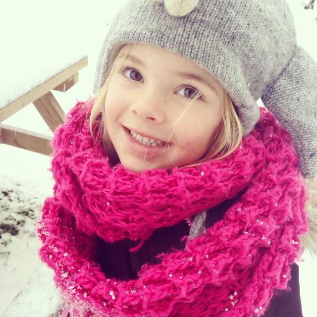 Lol in de sneeuw! Wat een koppie <3