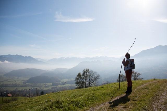 Omdat het Allerheiligen was, was alles dicht. We besloten dan ook om 's ochtends de berg op te lopen. Heerlijk zo met de hond en Liza op mijn rug