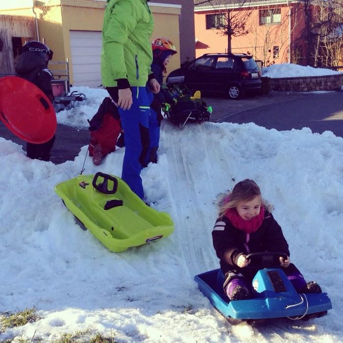 Die middag maakten de kids nog gebruik van het restje sneeuw