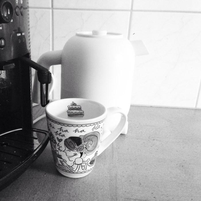 Ik wisselde de hele dag af met koffie en thee! Zo blij met mijn nieuwe waterkoker, de ketelbinkie! Thanks Kim!