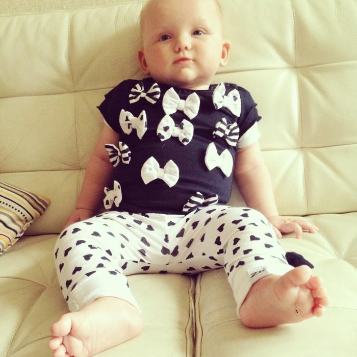 5 maanden oud mupske en ze zit al zo goed. Nog niet los natuurlijk, maar dit is ook wel prettig