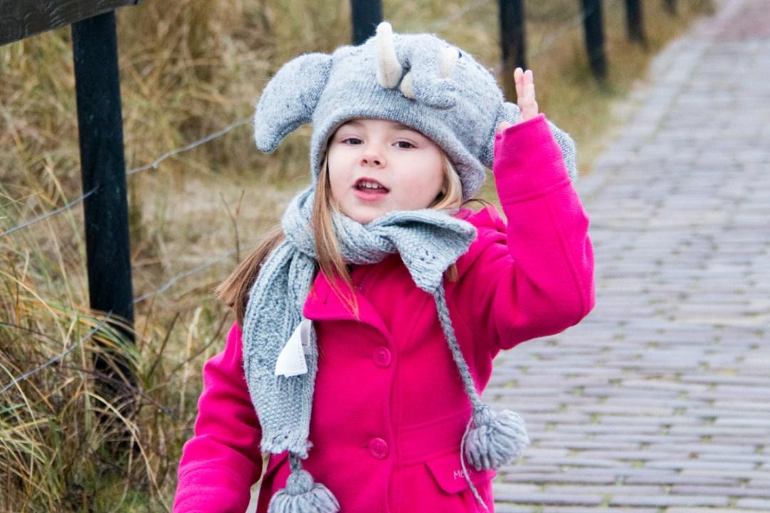 Eva 3 jaar oud   2013 - Op stap in Texel