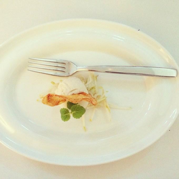 Om te vieren dat we geslaagd zijn deze week gaan we in het hotel eten. Niet wetend dat het zo luxe zou zijn. Lekker hoor!