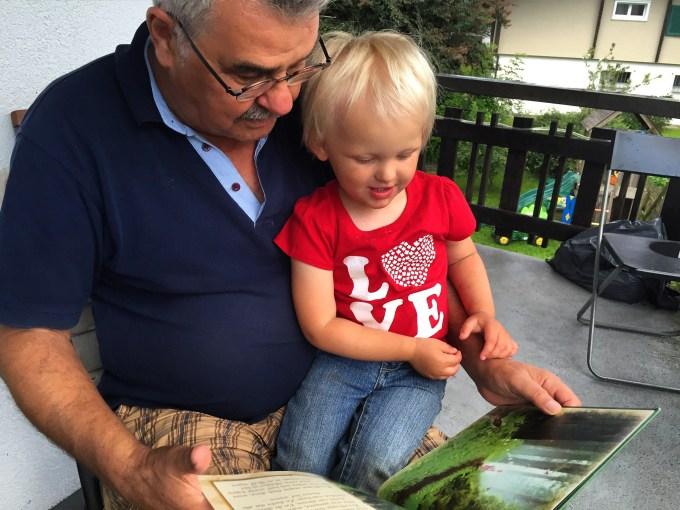 Mijn vader is de beste voorlezer in de hele wereld!!!
