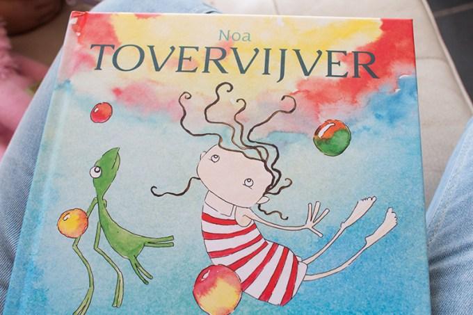 Mooi boek hoor, gemaakt door onze gastblogster Hanneke. Zo stoer!
