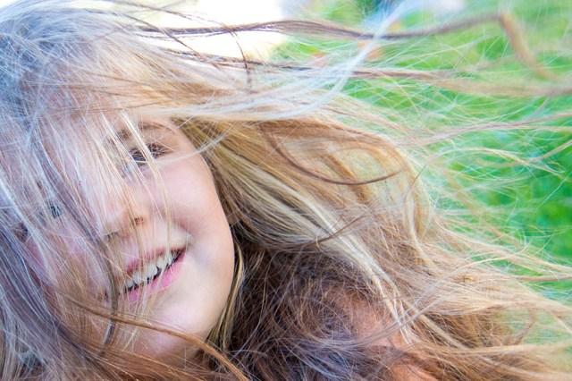 Die wind is toch ook wel magisch, vooral met dat lange haar!