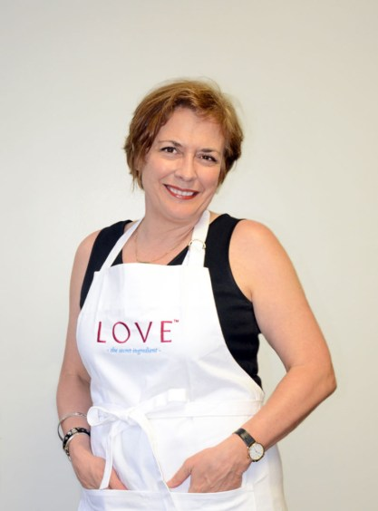 MARY_APRON_2013_cropped-lo