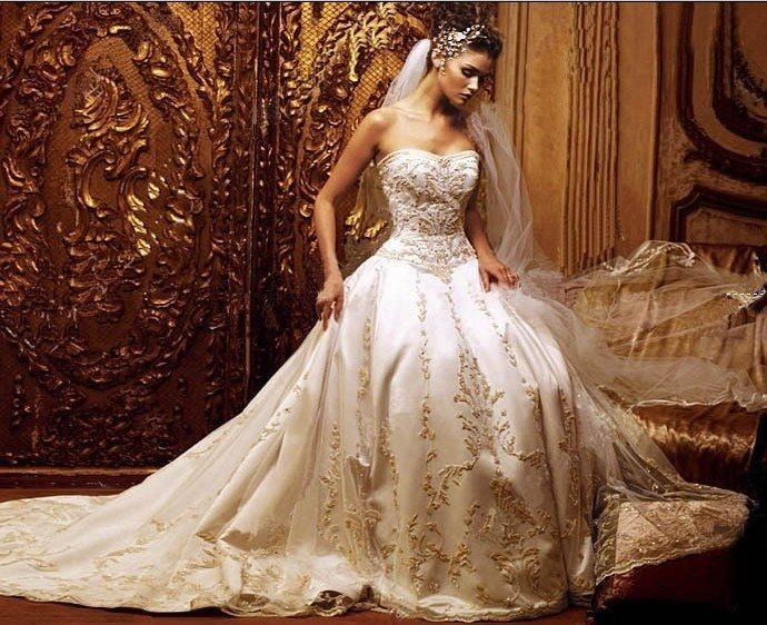 Gorgeous Embroidered Wedding Gown Pictures, Photos, And