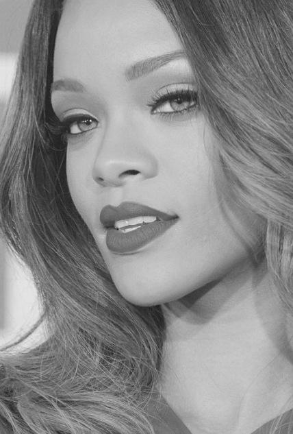 Rihanna Black And White : rihanna, black, white, Rihanna, Black, White, Pictures,, Photos,, Images, Facebook,, Tumblr,, Pinterest,, Twitter