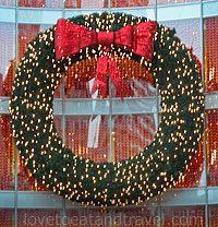 Holiday Wreath - Happy Holidays!