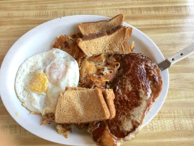NY Steak & Eggs with crispy Hash Browns and wheat toast at Hwy 92 Cafe – © LoveToEatAndTravel.com