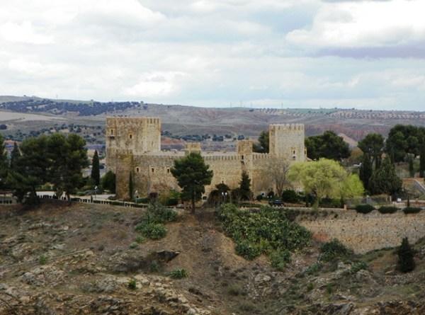 Замок Сан Сервандо