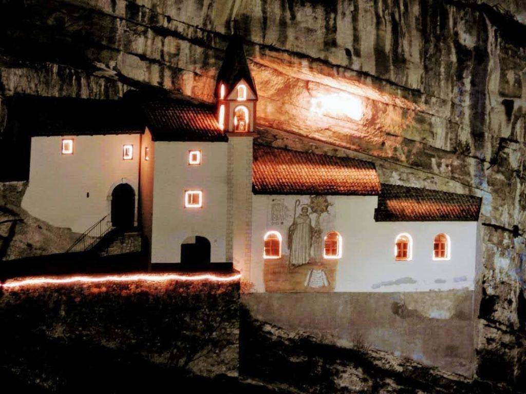 Ostello di Rovereto - Eremo di San Colombano (credits Leo Hoday)
