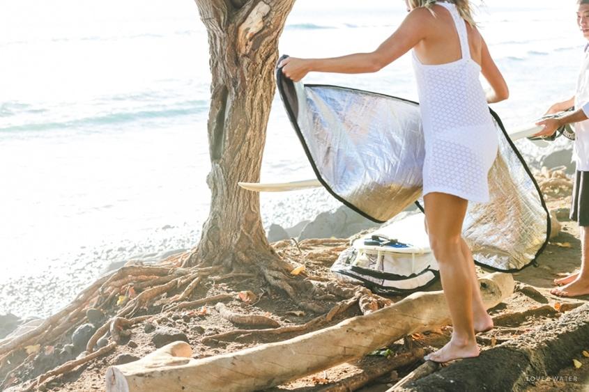 Maui surfboard wedding www.lovewaterphoto.com #maui #hawaii #elopement #surfboard #wedding #destinationwedding #bride #weddingphotography #surf