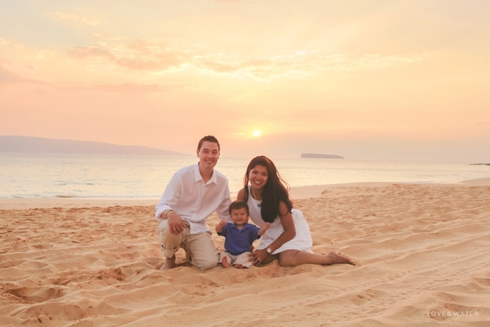 Sunset family portrait Makena Maui