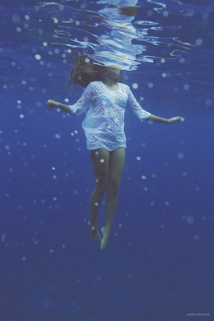 Maui underwater portrait photography session by Love and Water www.lovewaterphoto.com