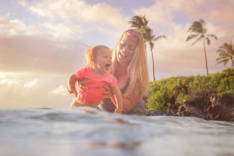 Maui family portrait photographers Love and Water Photography www.lovewaterphoto.com
