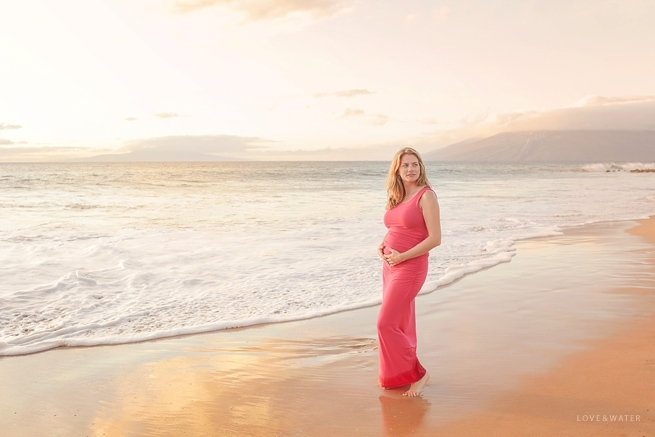 Maternity photography Maui