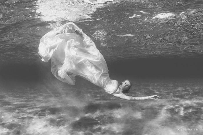 Underwater bride Maui trash the dress session