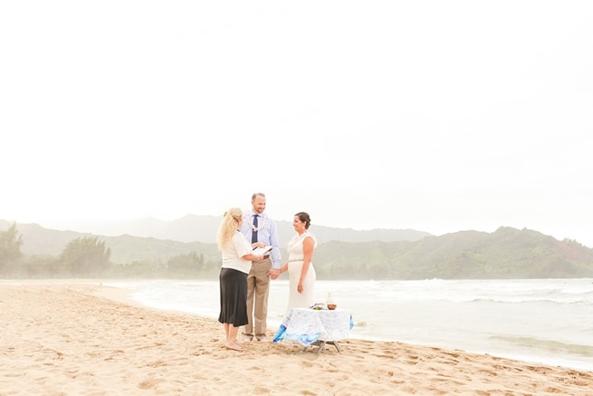 Hanalei Bay Elopement by Kauai Wedding Photographers www.lovewaterphoto.com #BHLDN #Kauai #BeachWedding #KauaiElopement #HanaleiBay #HawaiiWedding