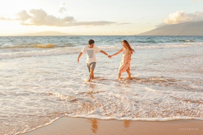 Maui Couples Photography at the beach
