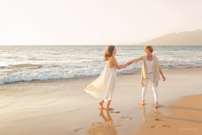 Maui-Photographers-Family-Portrait-Beach_0003.jpg
