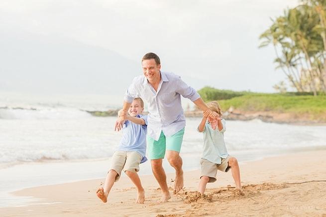 Maui-Vacation-Portraits-at-Beach_0131.jpg