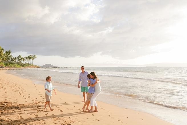 Maui-Vacation-Portraits-at-Beach_0143.jpg