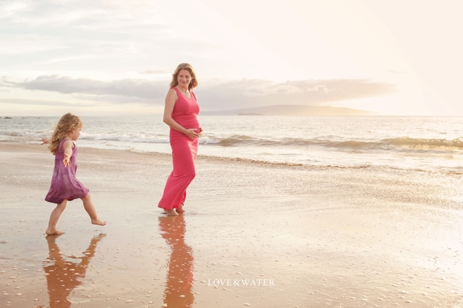 Sneaking in the frame during a maternity session on Maui!