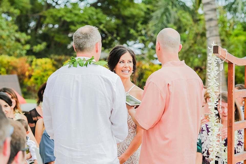 Maui-Wedding-Photographers_0031.jpg