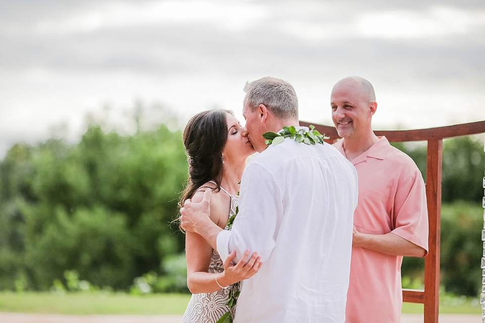 Maui-Wedding-Photographers_0044.jpg
