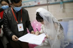 Yang Chunyan marries herself in Wulong People's Hospital in Chongqing, China LoveWeddingsNG 5