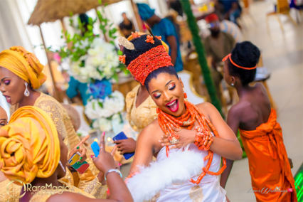 The Biggest Nigerian Wedding Shoot #TheAkugbe18 Bride Amanda Dara dancing LoveWeddingsNG