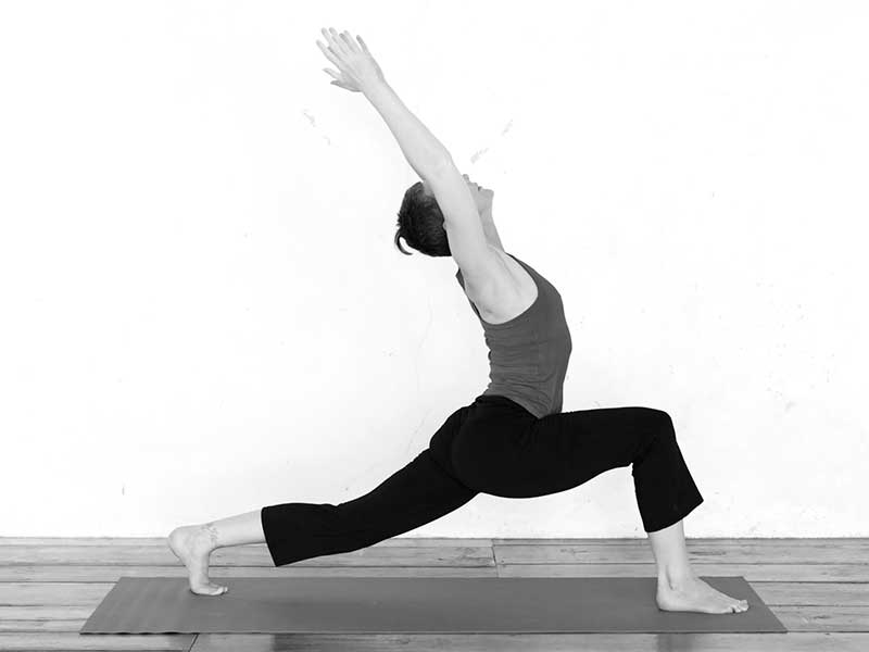high-lunge-with-backbend_web