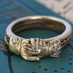 engraved gimmel ring