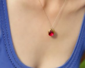 beautiful-ruby-necklace