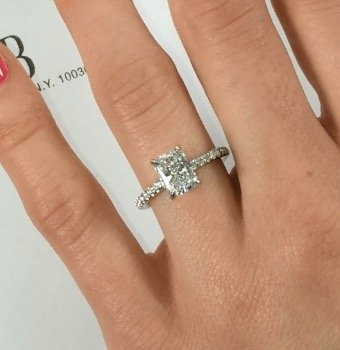1-50-carat-radiant-cut-diamond-engagement-ring