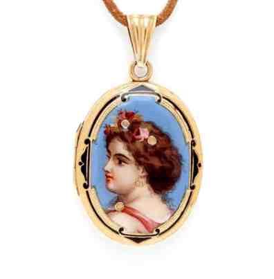 art-nouveau-sweet-maiden-locket