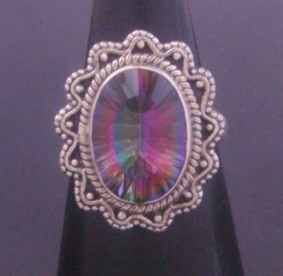 sterling-silver-ring-with-azotic-mystic-topaz-gemstone