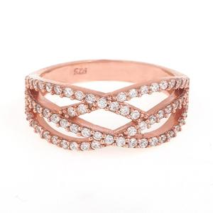 Rose-Gold-Jewelry-with-motifs-that-are-beauteous-and-very-appropriate-for-you-to-take-home-as-the-latest-Gold-Jewelry-collection-2