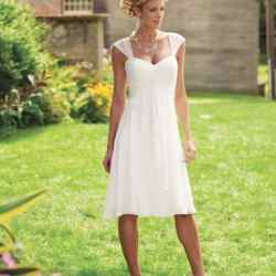 casual wedding gown for beach wedding