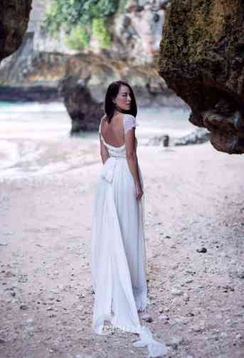tail-beach-wedding-dress-1