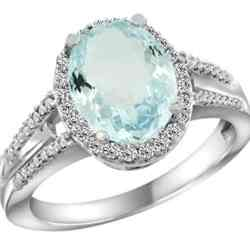 aquamarine oval cut engagement