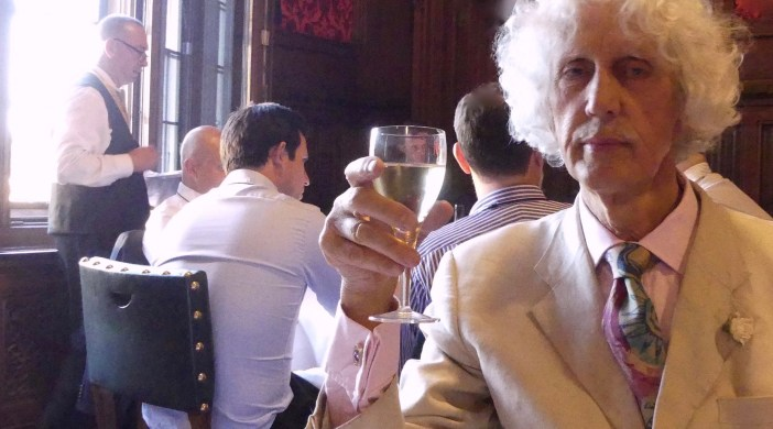 David dines @ Strangers (Bar) dining room, House of Commons, Palace of Westminster 050717 © Rowena Bond