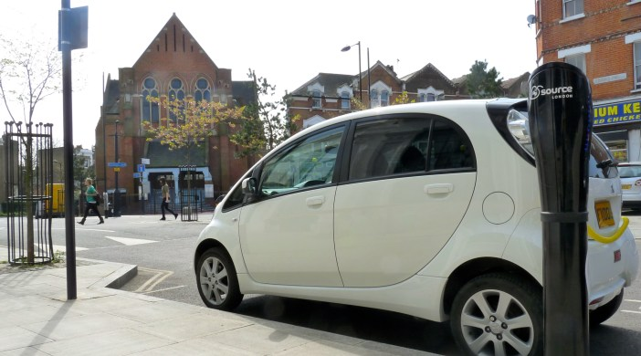 Electric car refuels in Clissold Road Stoke Newington Lon N16 Apr 2013 © DavidAltheer@gmail.com