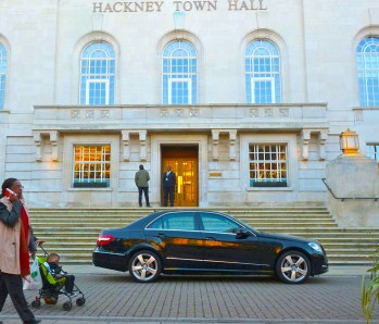 Mayorlimo? Hackney town hall & limo E8 311014 © david.altheer@gmail.com