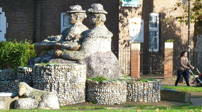 Pearly queen statues London Fields SE end Hackney E8 111114 © david.altheer@gmail.com