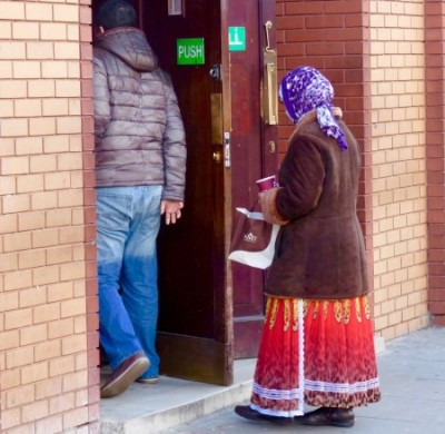 Rommuslim: Romany (ex Romanian) poses at East London mosque as poor Muslim widow to beg alms as Sylhetis and other Bengalis go to Sunday 1pm prayers 070216 ©